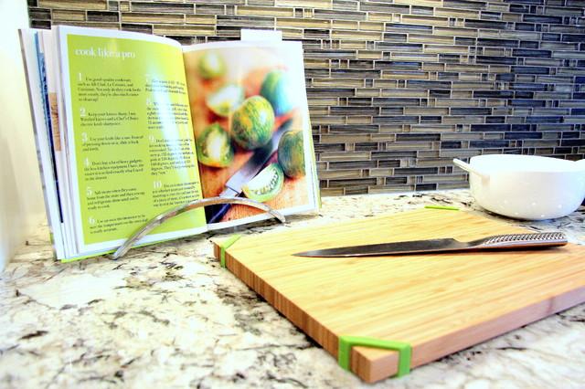 OPEN & BRIGHT KITCHEN contemporary-kitchen