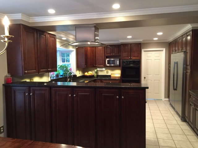 Open Concept Chefs Kitchen - Kitchen - other metro - by RTA Cabinet Store