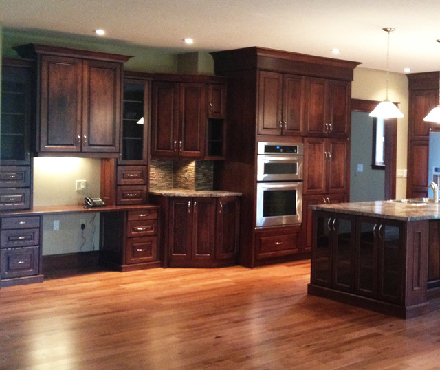 Kitchen Paint Colors With Cherry Cabinets: Open Concept Cherry Kitchen