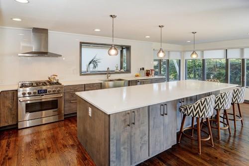 Transitional Kitchen Remodel in Portland Oregon