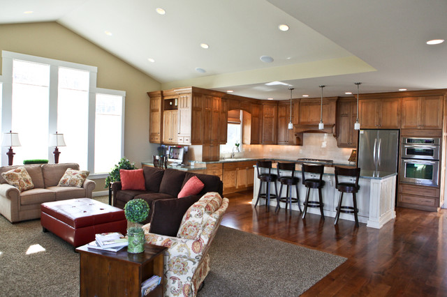 Open kitchen family room cl sico cocina salt lake for Completely open floor plans