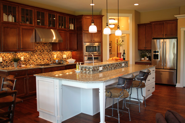 Open kitchen with Huge Island - Traditional - Kitchen - Milwaukee ...