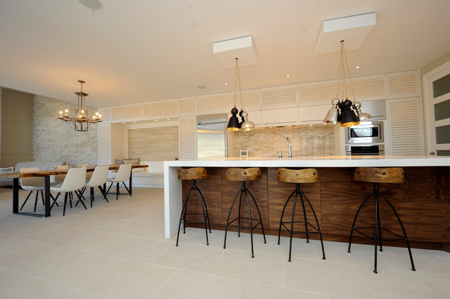 Open Kitchen With Wood Bar And Bar Stools Modern