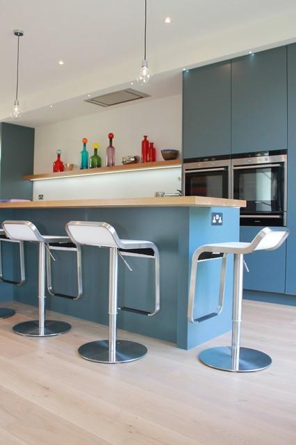 Open plan kitchen in modern blue contemporary kitchen for Kitchen design 49503