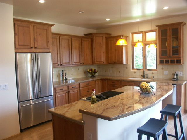Open plan kitchen with island traditional kitchen for Kitchen design houzz