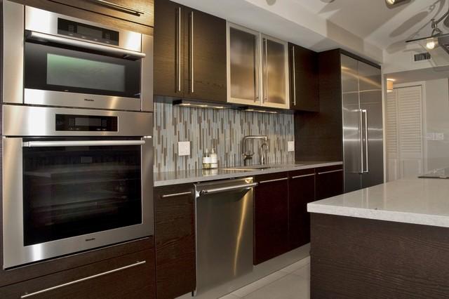 Open space concept kitchen minimalistisch küche miami von
