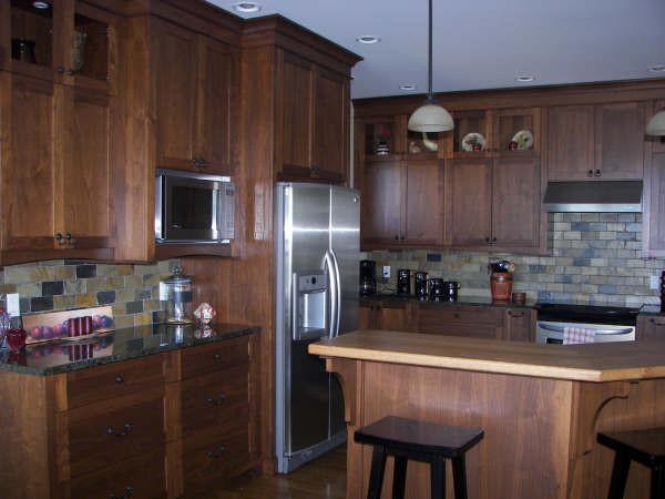 Oribi Drive (2) traditional-kitchen