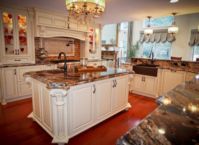 Ornate Kitchen Cabinets | www.cintronbeveragegroup.com
