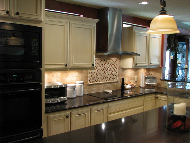 Kitchen Traditional Kitchen Austin By Madison Custom Cabinets