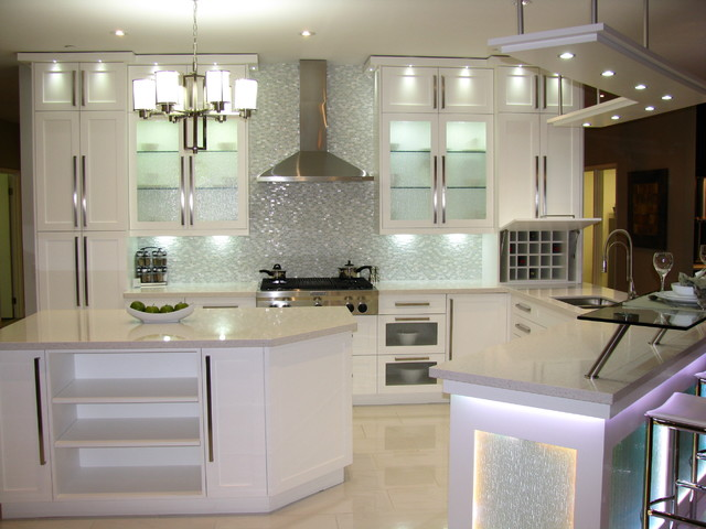 Oshawa showroom transitional kitchen toronto by for Kitchen designs durban