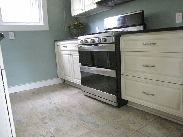 Ossining Woods Project traditional-kitchen
