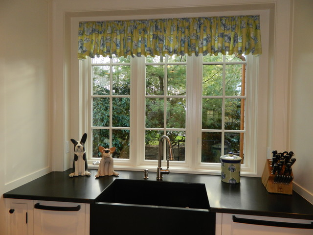 Osterville traditional-kitchen