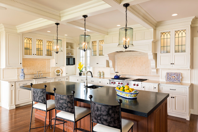 Osterville kitchen featured on houzz as kitchen of the for Houzz cocinas