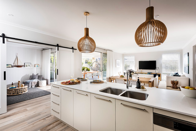 Our Display Homes   Leighton I Beach Style Kitchen