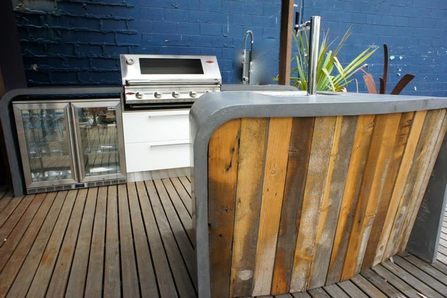 Outdoor Bar Amp Outdoor Kitchen With Polished Concrete