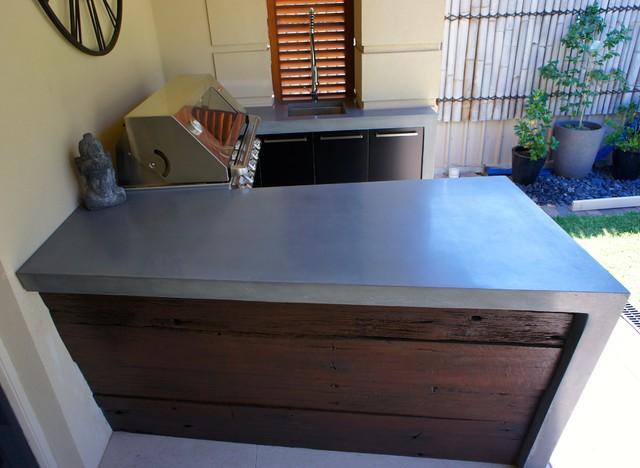 outdoor kitchen polished concrete worktops black. Black Bedroom Furniture Sets. Home Design Ideas