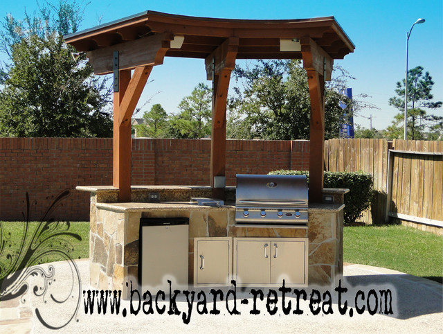 Outdoor kitchens by backyard retreats kitchen houston for Outdoor kitchen ideas houzz