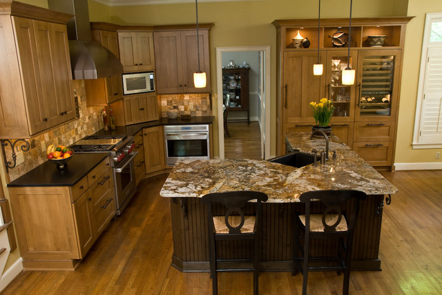 Overall view of kitchen traditional-kitchen