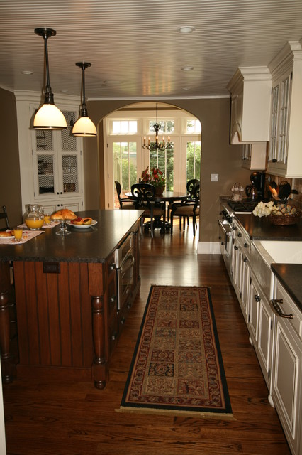 Overall view traditional kitchen