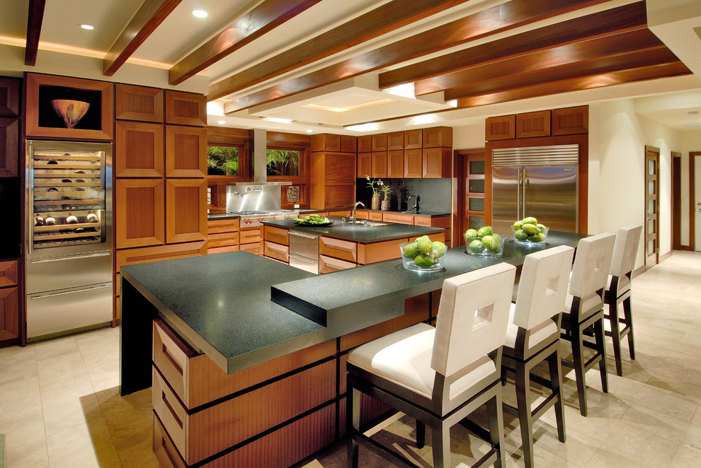 Inspiration for a contemporary kitchen remodel in Hawaii with stainless steel appliances
