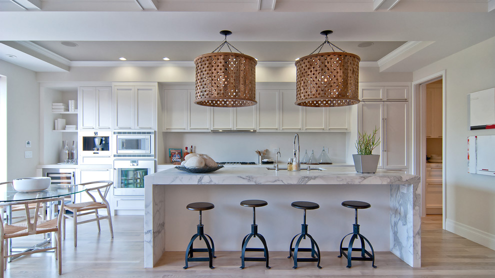 Kitchen - contemporary kitchen idea in San Francisco with shaker cabinets
