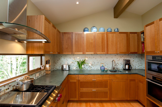 Pacific NW Mid-Century Kitchen Remodel midcentury-kitchen