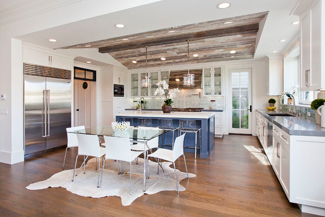 Inspiration for a transitional kitchen remodel in Los Angeles