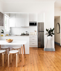 Space Solutions: 10 Ingenious Ideas for Small Kitchens
