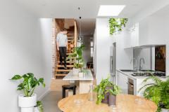 Paddo Terrace: From Dark, Skinny and Rundown to a Modern Stunner