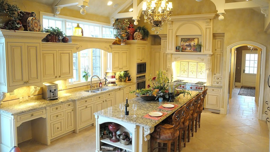 Paint & Glaze Kitchen