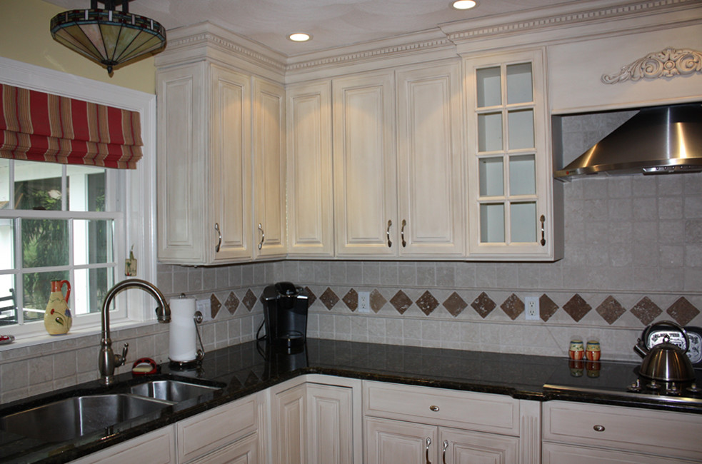 Painted And Glazed Cabinets Houzz