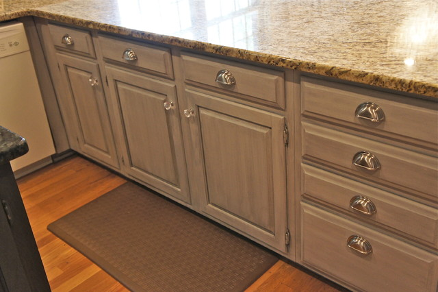 Painted cabinets traditional kitchen nashville by for Traditional painted kitchens