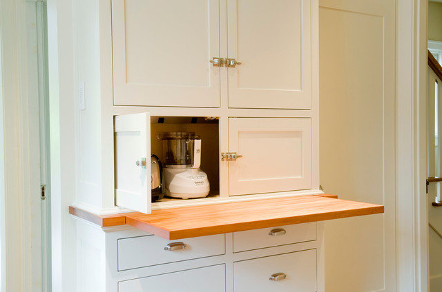 Painted Flush inset Kitchen Cabinets - Traditional - Kitchen - seattle - by Beech Tree Woodworks
