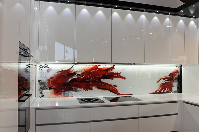 Painted Glass Splashback Art Flowers