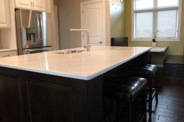 PAINTED MAPLE KITCHEN STAINED ISLAND CAMBRIA COUNTER TOPS TORQUAY contemporary-kitchen