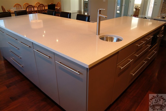 Painted Ventura Flat Panel MDF - Modern - Kitchen - other metro - by Pristine Kitchen Systems Inc