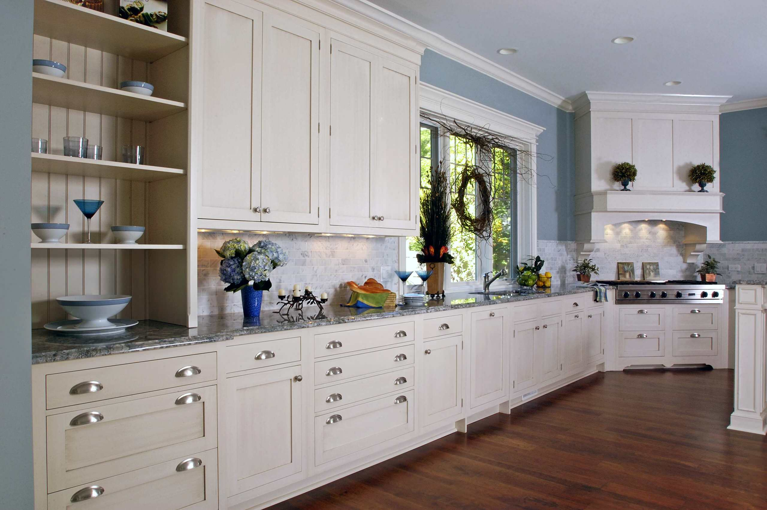 White Cabinets And Blue Countertops Ideas Photos Houzz