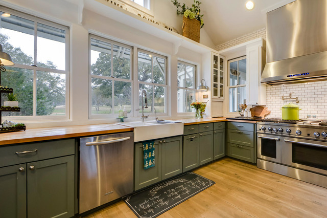 Paleface Ranch - Country - Kitchen - Austin - by Van Wicklen Design