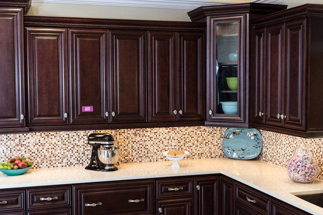 Palm Beach Dark Chocolate Kitchen Cabinets - Traditional ...