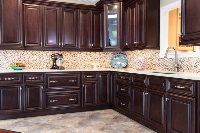 Palm beach dark chocolate kitchen cabinets traditional for Baltimore kitchen cabinets
