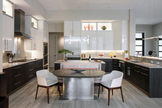 Palm Beach Gardens contemporary-kitchen