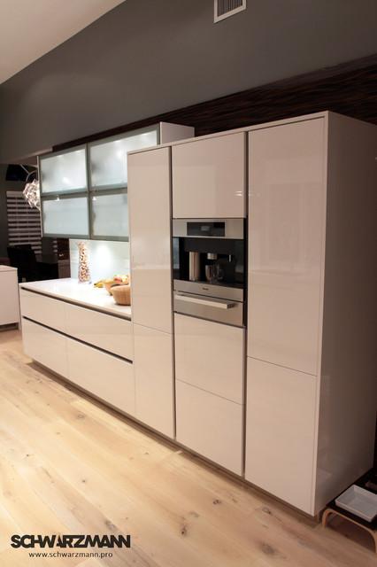 Built in miele coffee maker modern kitchen miami for Miele kitchen designs