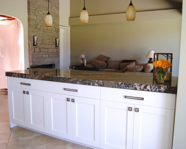 Palm Desert Transitional Kitchen With Peninsula Eating Bar Transitional Kitchen Los