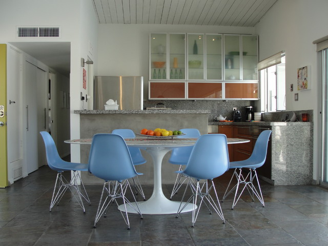 Palm Springs contemporary-kitchen