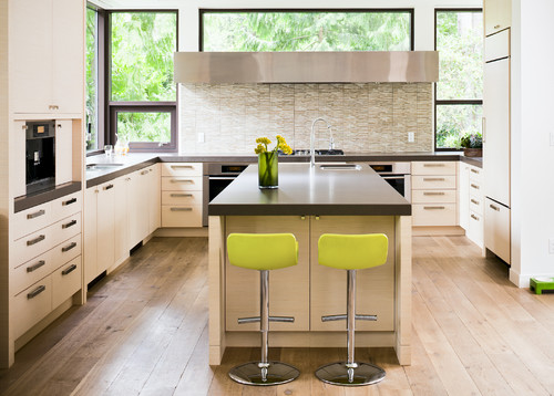 HomeMag | Taking the Floor: Wood Works in the Kitchen
