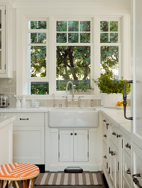 Palo alto dutch colonial revival traditional kitchen for Dutch colonial interior design