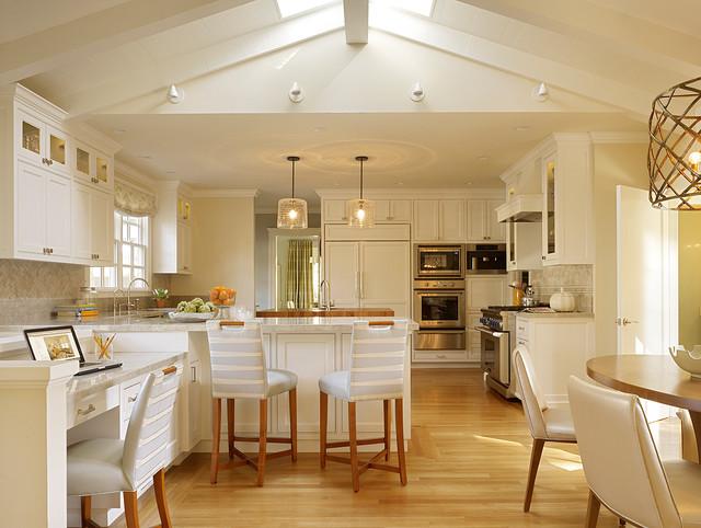 Palo Alto Residence transitional-kitchen