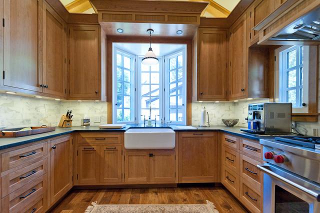 Palo Alto Tudor traditional-kitchen