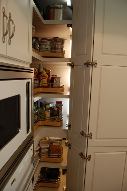 Pantry contemporary-kitchen