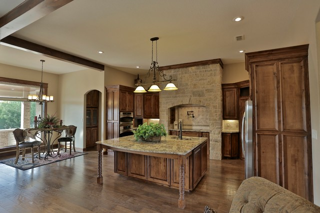 Parade of Homes 2013. Award Winner mediterranean-kitchen